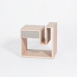 Table de chevet au design scandinave en bois personnalisable CRÉNEAU