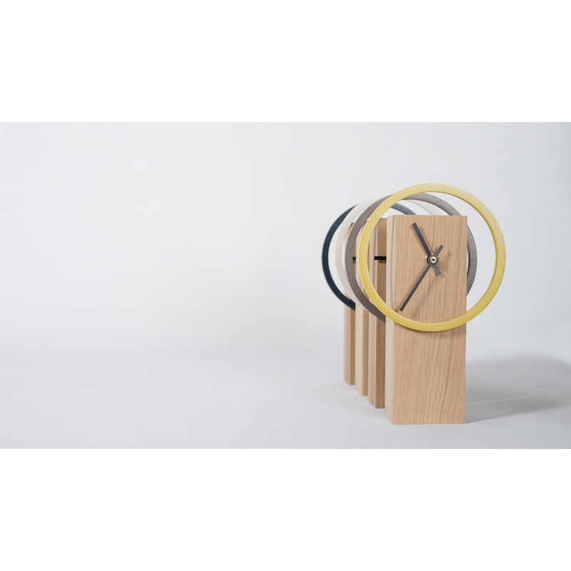 horloge poser design pur e en bois personnalisable cyclock. Black Bedroom Furniture Sets. Home Design Ideas