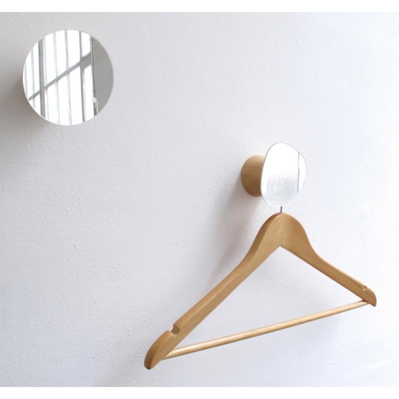 pat re et miroir au design champignon en bois bolet amobois. Black Bedroom Furniture Sets. Home Design Ideas